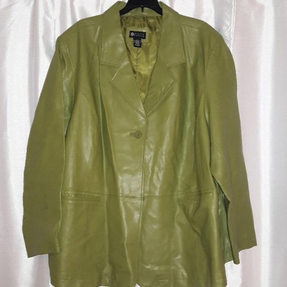 d3c7fa4c467 Maggie Barnes Jackets   Blazers - New Maggie Barnes Leather Jacket